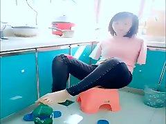 Amputee DAE Woman 2