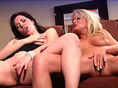 Anastasia Pierce & Bridgett Lee in Pussy Sucking Lesbians Anastasia Pierce And Bridgette Lee - BestGonzo