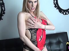 Masturbating post op shemale toys her hole