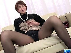 Saori  ?s Busy With Her Vibrator On Her MILF Pussy - More at javhd.net - Toy Javhd