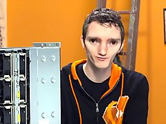 Linus gets his huge rtx 2080 ti ready for adam big boy ass
