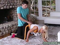 Young dude fucks his horny blonde stepmom after jogging