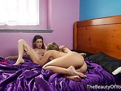 Lesbian petite queening beautiful teen
