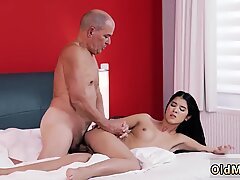 Mom and chum s daughter experience Older gentleman and his princess - Dee Dee