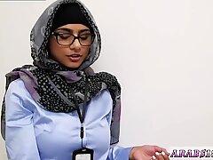 Milf mature mom brunette anal Black vs White, My Ultimate Dick Challenge. - Mia Khalifa